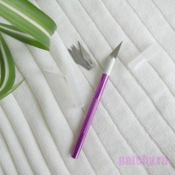Нож для резки бумаги Розово-фиолетовый (металлический, 5 сменных лезвий)