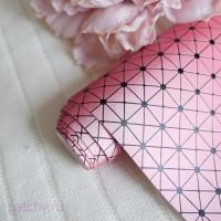 Кожзам геометрия перламутово-розовый