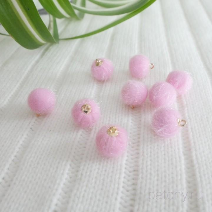 Подвеска шарики пушистики розовые